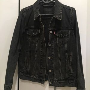 Dark Denim Levi's Jean Jacket
